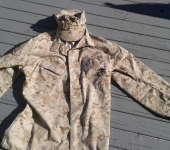 USMC Desert Uniform Shirt and Cap